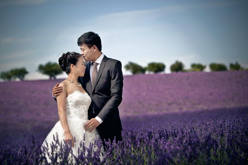 Mariage dans les lavandes